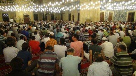 Selimiye'de eller semaya açıldı