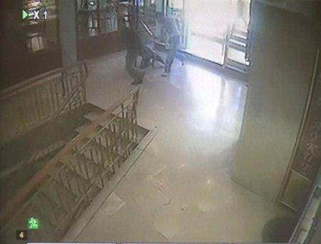 Silah ve bıçakların konuştuğu kavga güvenlik kamerasında (Özel)