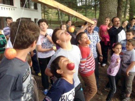 Simav Özel Bahar Koleji bahar şenliği düzenledi