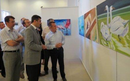 Söke Özel Güven Koleji yıl sonu karma resim sergisi açtı