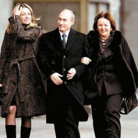Sözcüsünden Putin'in özel yaşamına saygı çağrısı