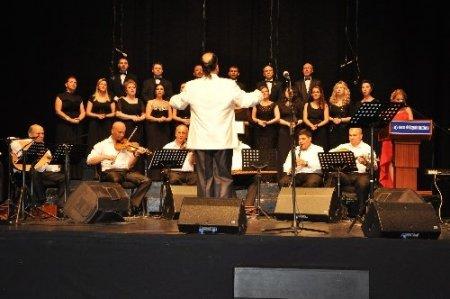 Spastik engelli çocuklar yararına konser