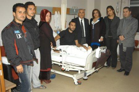 Suriyeli hastalara AK Parti'den ziyaret