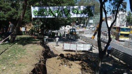 Taksim'de Gezi Parkı nöbeti