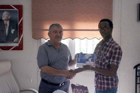 Tanzanyalı öğrenciler İskenderunluları Türkçe şölenine davet etti