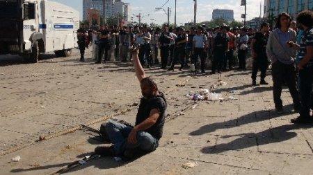 Taraftarların Gezi Parkı kardeşliği