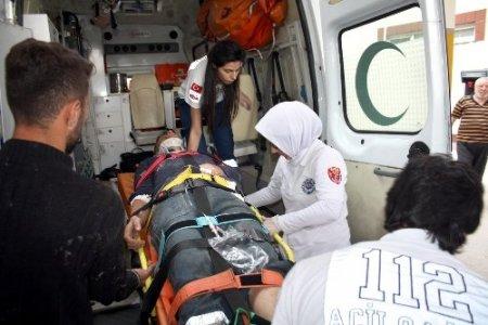 Teleferik inşaatından düşen iki işçi hastanelik oldu (2)