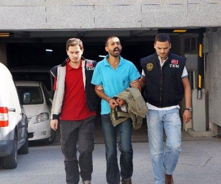 Terör operasyonundan gözaltına alınanlar adliyeye sevk edildi