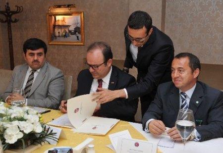 TİKA, Macaristan'da ki tarihi eserleri restore etmek için protokol imzaladı