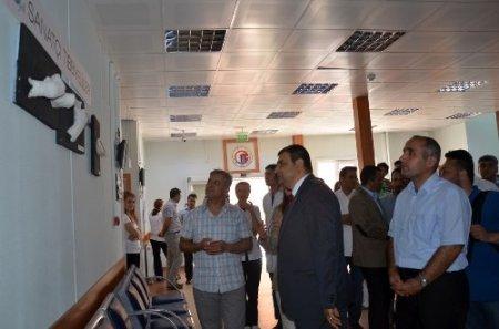 Tıp öğrencileri hastanede resim sergisi açtı