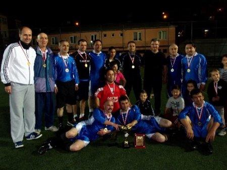 Tirebolu Kaymakam'lık turnuvasını Esnaf Odası takımı kazandı