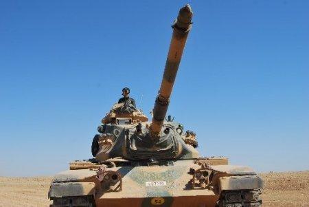 TSK, Türkiye-Suriye sınırında askeri tatbikat gerçekleştirdi