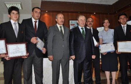 TÜBİTAK'ın proje yarışmasında dereceye giren öğrenciler ödüllendirildi