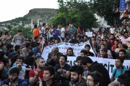 Tunceli'de binlerce kişi Gezi Parkı protestosu için sokaklara döküldü