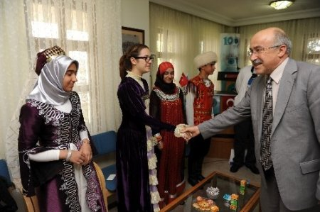 Türk Ocakları, Türkçe çocuklarını ağırladı