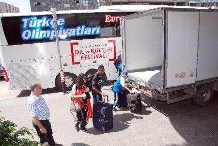 Türkçenin çocukları 'hoş bir sada' bırakarak Adana'dan ayrıldı