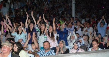 Türkçe'nin çocukları Ordu'yu salladı
