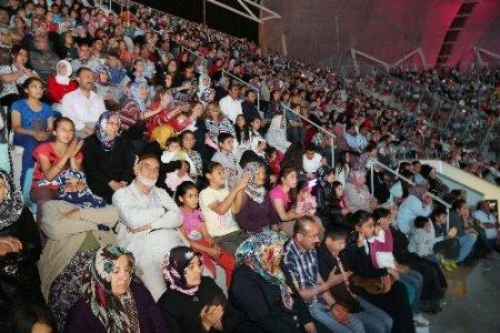 Türkçe'nin çocuklarını 50 bin kişi izledi