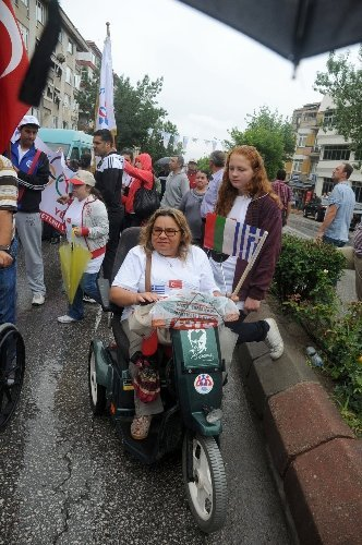 Üç ülkenin bedensel engellileri 'Olimpik Gün'de bir araya geldi