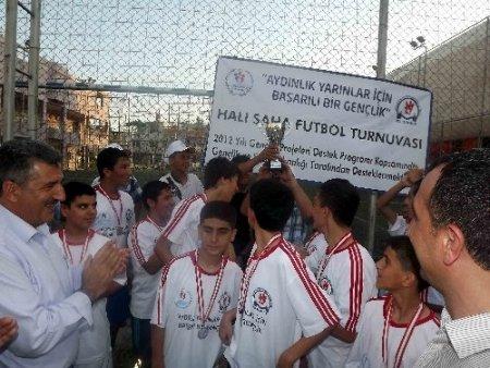 Ufuk Okuma Salonlarından satranç ve futbol turnuvası
