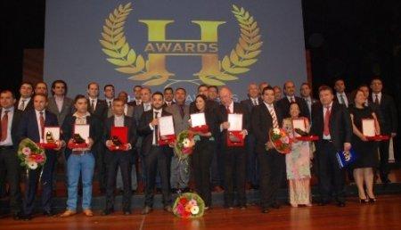 'Uluslararası Girişimcilik' ödülünde dereceye girenler ödüllerini aldılar