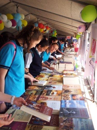 Ünye'de kitap fuarına yoğun ilgi devam ediyor
