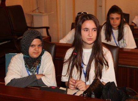 Üsküplü yetimler Bursa'da ağırlandı
