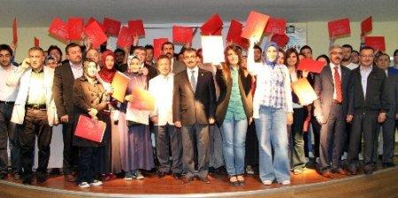 Uygulamalı girişimcilik eğitimini tamamlayan 51 öğrenciye sertifikaları verildi