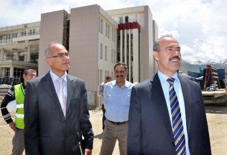 Vali Büyükersoy, yeni hastane inşaatını inceledi