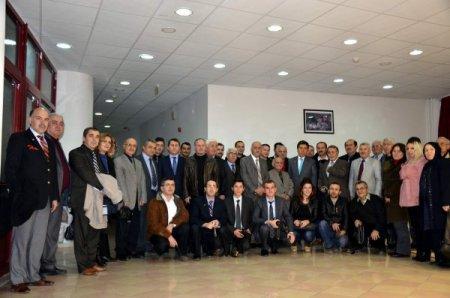 Vali Cengiz: Gazeteciler, idare ile halk arasında etkileşim görevi yapıyor