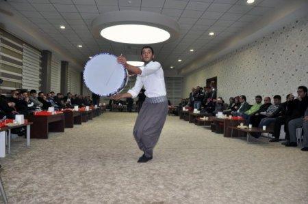 Vali Şahin: Gazeteciler, işimizin kolaylaşmasına vesile oluyor