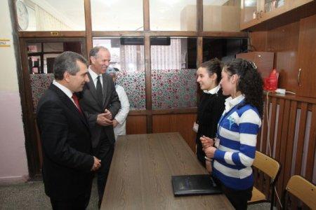 Vali Yazıcı: Yozgat'ta birinci önceliğimiz eğitimdir