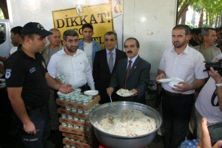 Vali'den, CHP'li Meclis üyesine: Parkta pilav için senden izin mi alacağım