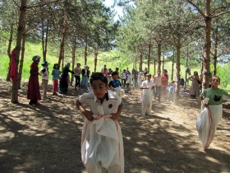 Van Çocuk Evleri'ndeki çocuklar, şenlikle gönüllerince eğlendi