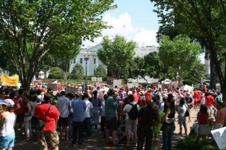 Washington'da 'Gezi Parkı' protestosu