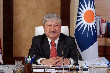 YAPDER, Akaydın'ı en başarılı belediye başkanı seçti
