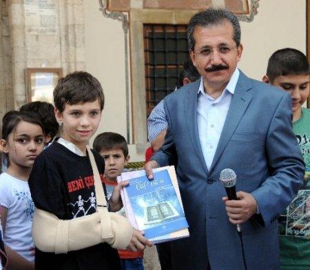 Yaz Kur'an kursları başladı, camiler çocuklarla şenlendi