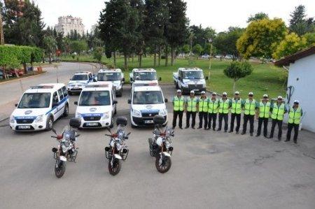 Zabıta trafik ekipleri sokaklarda