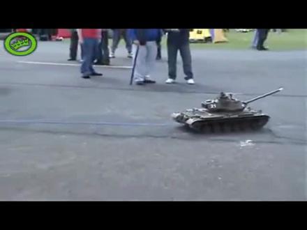Araba Çeken Oyuncak Tank