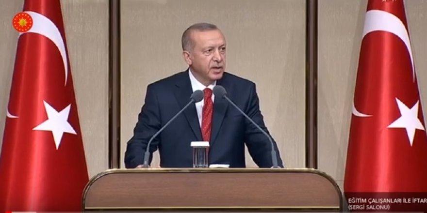 Erdoğan, eğitim çalışanlarıyla iftarda bir araya geldi!