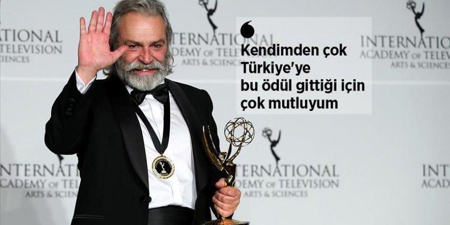 Haluk Bilginer 47 Uluslararası Emmy Ödülleri'nde 'en iyi erkek oyuncu' seçildi